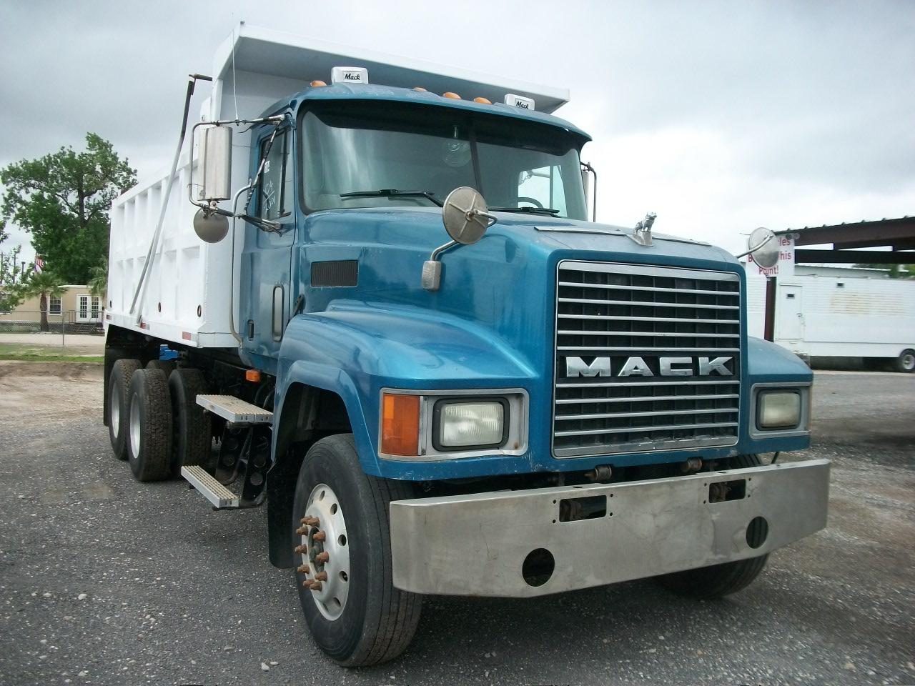Dump Trucks/Tank Trucks | Griffith Truck & Equipment